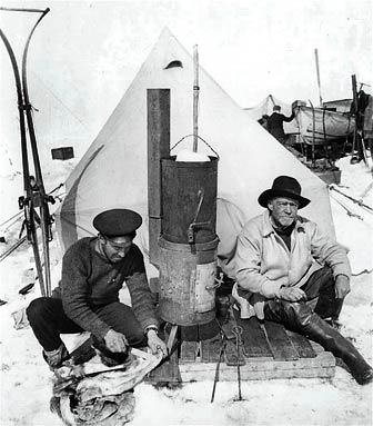 Hurley_shackleton_at_camp.jpg